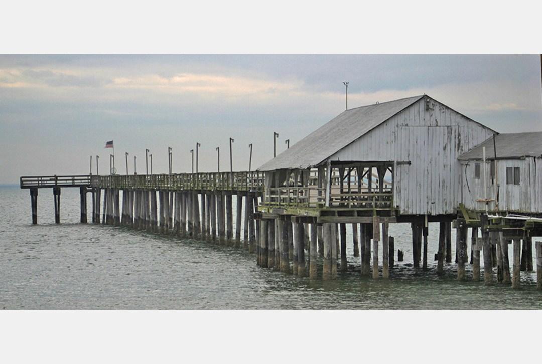 Daily press old buckroe fishing pier for Buckroe beach fishing pier
