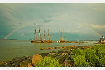 Yorktown Rainbow and Tall Ships