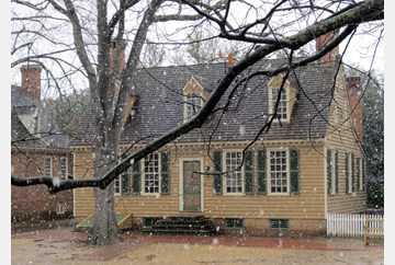 Snowy afternoon in Colonial Williamsburg.