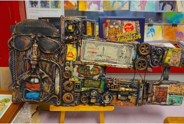 A sample of Cepeda's work using found objects